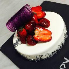 Strawberry Cheesecake   Nicolas Descriaux pastry Chef in Bangkok  Niko's Sweets - Food Reporter