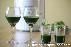 Juicing Recipe 2 - Cucumber Celery Kale Juice | Juice for mom, dad and kids | www.juicingrecipeszone.com Cucumber Juice, Celery Juice, Kale Juice Recipes, Healthy Recipes, All Vegetables, Organic Vegetables, Green Organics, Vitamin K, Beta Carotene