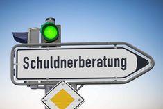 Schuldnerberatung - Hilfe aus der Schuldenfalle Was macht die Schuldnerberatung und welche Hilfe kann ich erwarten?  Jeder zehnte Deutsche ist überschuldet, die Tendenz ist steigend. Viele Betroffene ziehen sich in einer solchen Situation zurück, schämen sich und glauben versagt zu haben.   #wasmachtdieschuldnerberatung