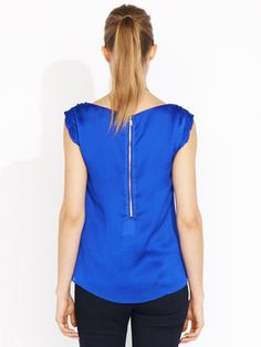 DYT Type 4 top: Ruffle Sleeve Textured Top in blue (Portmans)