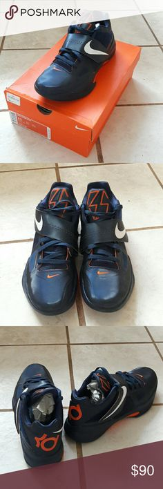 🚫Final Price Drop🛇 Nike KD shoes Great condition. Worn once. Kevin Durant shoes. Will ship within 24 hrs! ⚠Price is firm! Nike Shoes Sneakers