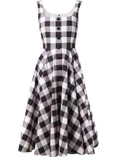 Gingham cotton-poplin dress by Dolce & Gabbana. via net-a-porter Vestido Dolce Gabbana, Dolce & Gabbana, Robe Swing, Swing Dress, Spring Dresses, Day Dresses, Short Dresses, Poplin Dress, Gingham Dress