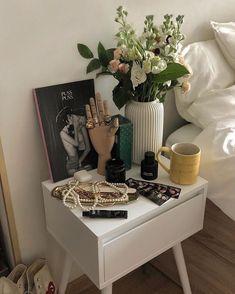 Room Ideas Bedroom, Bedroom Decor, Uni Bedroom, Indie Room, Pretty Room, Aesthetic Room Decor, Dream Rooms, My New Room, House Rooms