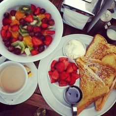 #breakfast #coffee #fruits #yummy #milk #tea #morning