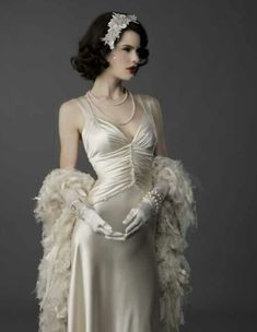 Stunning Gatsby Glamour Wedding Dresses Ideas Are you looking to have a romantic wedding event that you will always remember for the remainder of your lifetime? Add Some Gatsby Glamour to Your Big Day ! It is true that and the Great Gat… 2015 Wedding Dresses, Wedding Gowns, Flapper Wedding, Wedding Dressses, 1920s Wedding, Trendy Wedding, Boho Wedding, Summer Wedding, Backless Wedding