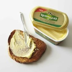 Is Irish butter better? And what really makes Kerrygold butter different from regular sticks? We turned to Better Homes & Gardens Test Kitchen experts for the answers, plus all their best Irish butter tips and tricks. Rib Recipes, Cooking Recipes, Pasta Recipes, Cooking Tips, Cake Recipes, Easy Scallop Recipes, Kerrygold Butter, Breakfast For A Crowd, Roasted Cherry Tomatoes