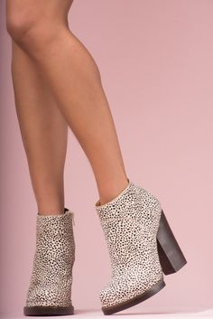 JEFFREY CAMPBELL - LOZA FUR: 11,50 cm heel and 1,30 cm platform. Pony hair upper, leather lining and man made sole.