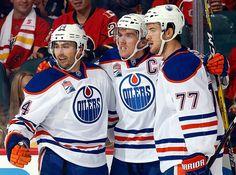 Edmonton Oilers celebrate in win over the Calgary Flames in this Battle of Alberta. Hockey Teams, Ice Hockey, Connor Mcdavid, Edmonton Oilers, Field Hockey, National Hockey League, Toronto Maple, Hockey Players, Calgary