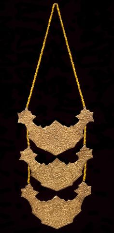 Indonesia ~ Lampung | Necklace; gold and glass beads | Early 20th century…
