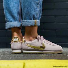 Les 114 meilleures images de Gold ⚜ | Chaussures dorées
