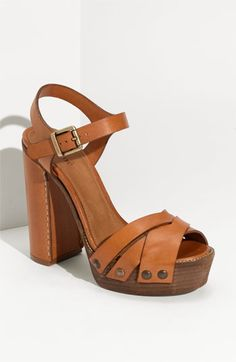Chloé Platform Sandal - 70's in the best way possible.