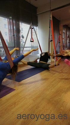 Aerial Yoga, Aerial Yoga Therapy class...www.aerialyoga.tv Madrid Inversion Therapy: Aero Yoga© by yogacreativo, via Flickr