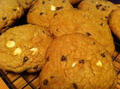 Low Sugar No Butter Chocolate Chip Cookie Recipe #DominoCHLight