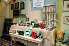 8 Ideas For Colorful Craft Booth Displays – Indie Crafts