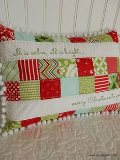 Merry Christmas Patchwork Pillow | A Quilting Life | Bloglovin'