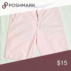 """Men's J. Crew shorts Pink men's jcrew shorts. Excellent condition. Waist 33"""", length 10.5"""" J. Crew Shorts"""