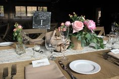 Who's ready to eat!? Lovely place setting curated by the whimsical Lambs Hill Farm.