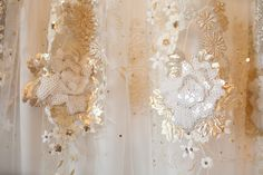 Real bride Esther Gatria's Claire Pettibone gown - Photo: Vanessa Velez Photography