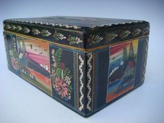 """LARGE Vintage Mexican Olinala Guerrero black lacquered wood box red sky 9 3/4"""" L"""