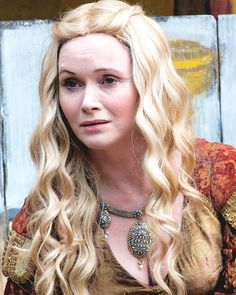 Essie Davis as Lady Crane as Cersei in Game of Thrones (6x06, Blood of My Blood) part II [ x ]