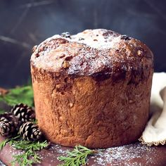Easy Homemade Italian Christmas Bread Panettone Recipe - Easy Homemade Italian Christmas Bread Panettone Recipe – perfect for the holidays! This Panettone - Italian Cookie Recipes, Baking Recipes, Dessert Recipes, Brunch Recipes, Oven Recipes, Sweet Recipes, Keto Recipes, Breakfast Recipes, Panettone
