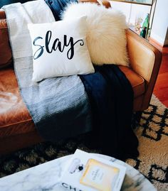 Cuz you slay. Daily reminder brought to you our Accent Pillows collection available on ocm.com.   @christinahuxin  #bedroom #designgoals #ocmcollegelife #dormgoals #dormdecor #mattresstoppers #bedding #campusliving #findyourstyle #dorm #dormlife #student #universityapproved