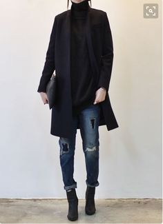 Women shoes For Fall Fashionista Trends - Women shoes Flats Boots - Women shoes Wedges Flats - Women shoes Casual Street Style - Women shoes Spring Latest Winter Fashion, Latest Fashion Trends, Autumn Winter Fashion, Winter Style, Fall Winter, Winter Night, Winter Wear, Mode Outfits, Winter Outfits