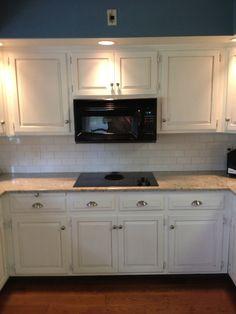 annie sloan kitchen cabinet makeover | Updated Kitchen Cabinets with Annie Sloan Chalk Paint(tm) w/ Pure White