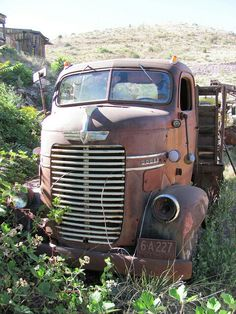 Classic Car News Pics And Videos From Around The World Old Dodge Trucks, Dodge Pickup, Pickup Trucks, Cool Trucks, Fire Trucks, Classic Trucks, Classic Cars, Abandoned Cars, Abandoned Vehicles