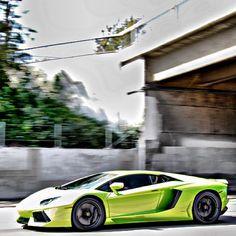 gloss lime green Lamborghini!