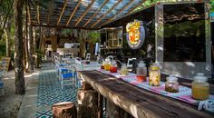 Vegan cuisine in Tulum just got a whole lot more stylish. If you are a foodie and nature lover you will love Charly´s Vegan Tacos.