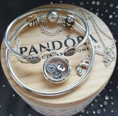 Make one special photo charms for you, 100% compatible with your Pandora bracelets. PANDORA