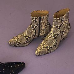 Indian Heritage, Python Print, Footwear, Unisex, Boots, Fashion, Crotch Boots, Moda, Shoe