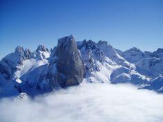 Picos de Europa. Naranjo de Bulnes. 20050204