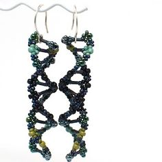 How to bead weave DNA double Helix earrings by gwenbeads