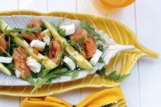 Smoked Salmon, Feta and Avocado Salad. Yum! #smokedsalmon #saladrecipe #avocadorecipe