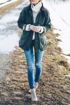 Barbour Jacket skinny jeans and ankle boots / Prosecco & Plaid