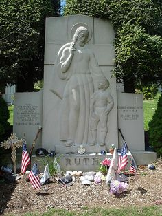 Ruth rests with his second wife, Claire, on a hillside in Section 25 at the Gate of Heaven Cemetery in Hawthorne, New York. Cemetery Monuments, Cemetery Headstones, Old Cemeteries, Cemetery Art, Graveyards, Famous Tombstones, Famous Graves, Babe Ruth, Famous Stars