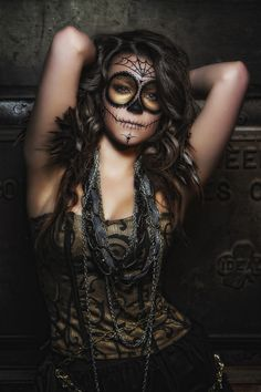Everything is so beautiful about this Dia De Los Muertos!