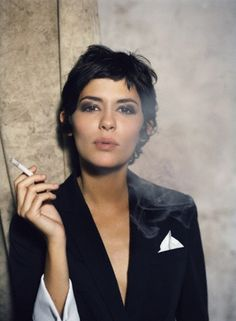 Audrey Tautou less the cigarette...the cut is what I'm considering.