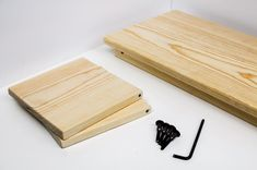 Bed Tray Diy, Bed Tray Table, Lap Table, Lap Tray, Desk Tray, Diy Bed, Lap Desk For Kids, Laptop Table For Bed, Diy Furniture Projects