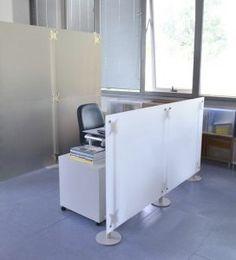 Raumteiler Büro Schreibtisch in Milchglas Optik