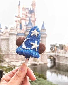 tag someone to wish them a sweet & magical friyay ✨ { Walt Disney World, Disney World Food, Disney Magic, Disney Dream, Disney Desserts, Disney Snacks, Disney Cruise Line, Texas Hill Country, Disney Vacations