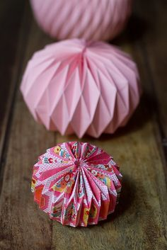How to make an origami paper lantern BY cachemireetsoie.fr