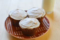 Spice cupcakes, Meringue and Pumpkins on Pinterest