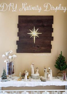 DIY #pallet art tutorial and a #Christmas #Nativity scence on iheartnaptime.net LOVE this set up! So pretty!