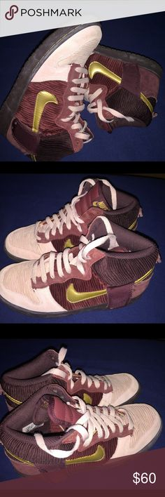 Rare Nike Dunk Hight Casual GS size 6,5Y Gently used Nike Shoes Sneakers