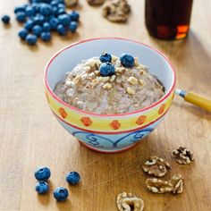 """Paleo """"instant oatmeal""""  — 1 bowl, 5 ingredients, 5 minutes. It's gluten-free, grain-free, dairy-free, and refined sugar-free."""