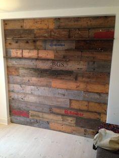 Pallets Wall | Recyclart