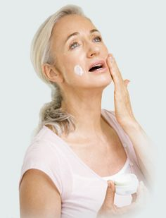 HOW TO LOOK 40 AT 60 - Take your anti-aging supplements daily - Vitamin C, Alpha Lipoic Acid, Beta Carotine, Vitamin E, Evening of Primrose and Selenium. Click to read more #beautytips #naturalbeauty